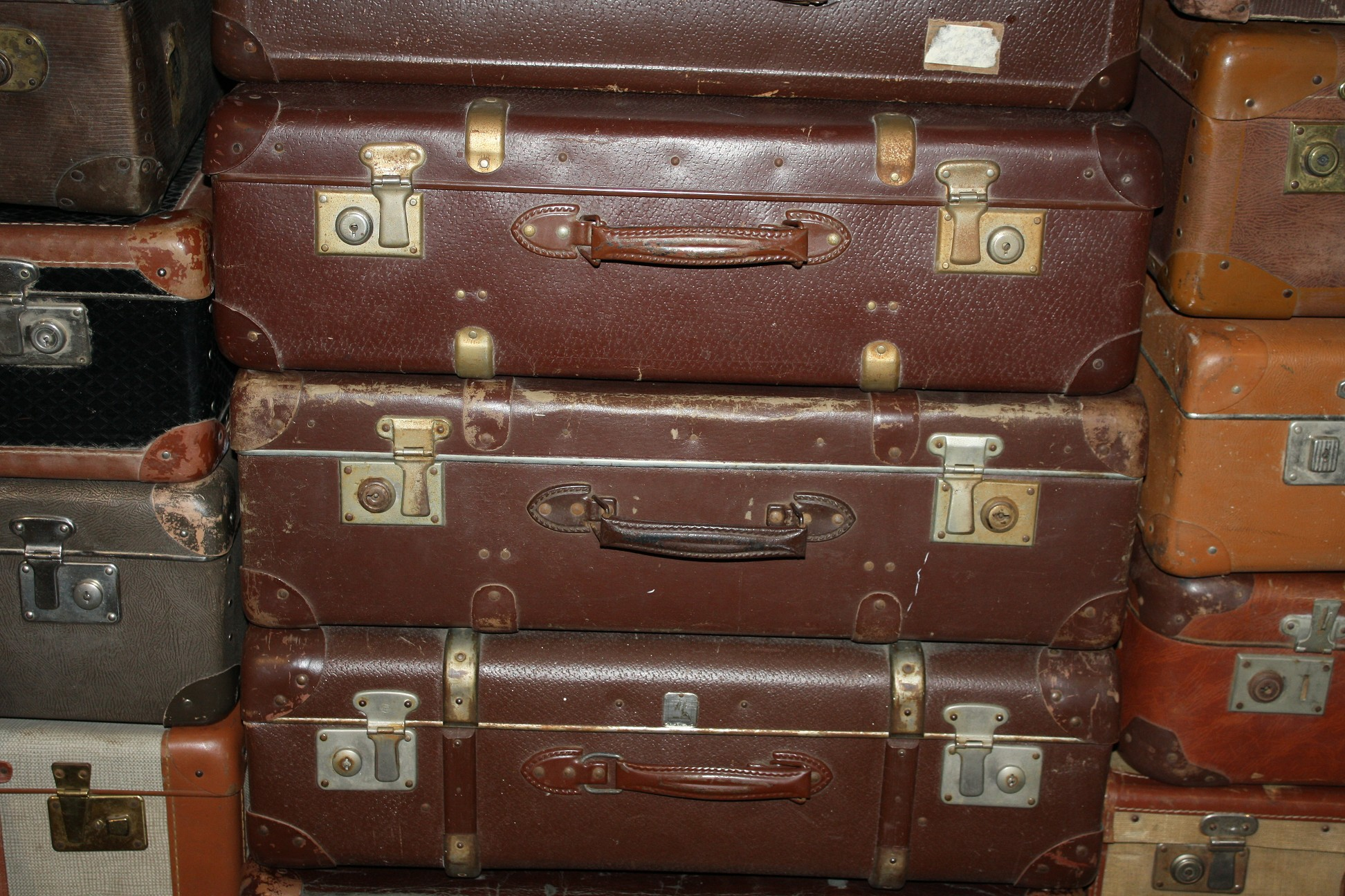 10 st ck antike koffer konvolut von jahrhundertwende bis. Black Bedroom Furniture Sets. Home Design Ideas